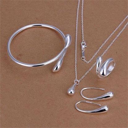 Sada šperků v designu kapky