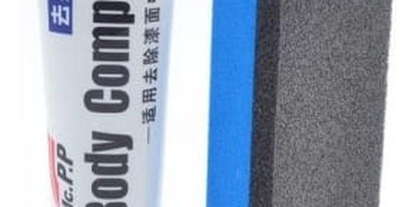 Krém s houbičkou pro vyleštění škrábanců na autě