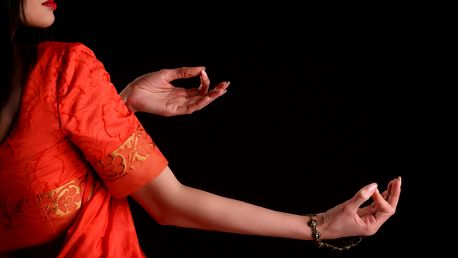 2x Bollywood čí flirt dance nebo power jóga