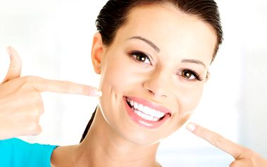 Bezperoxidové bělení zubů = 2x 20min. procedura + 20% sleva na mineralizaci zubů