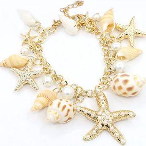 Romantický náramek na ruku s mořskými hvězdicemi i ulitami