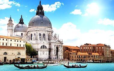 3denní poznávací zájezd do Benátek a ostrovy Burano a Murano pro jednu osobu z Prahy a Brna.