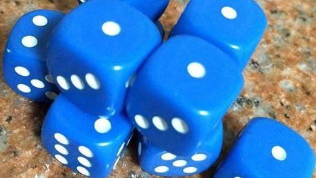 Sada 10 kusů hracích kostek - různé barvy