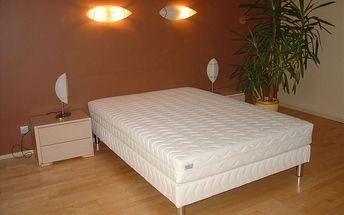 Čalouněná postel LUX + matrace + rošt 140 x 200 cm
