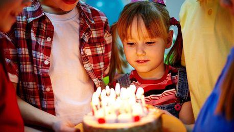Originální oslava narozenin na indoor minigolfu