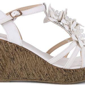 Sandálky na klínku MD7095-6WH 38