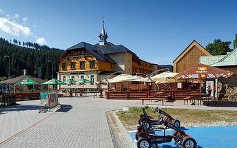 Víkend v dependance Hotelu Bauer v Beskydech s polopenzí a wellness