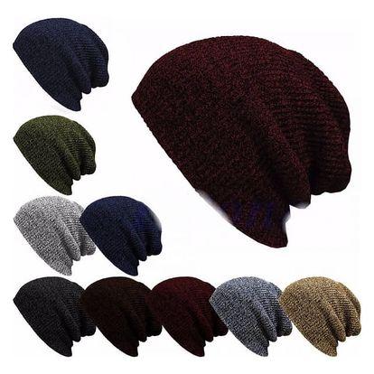 Ležérní bavlněná čepice v různých barvách
