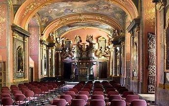 Koncerty v Zrcadlové kapli Klementina. Koncert Smetana, Dvořák and Vivaldi in Old Prague.