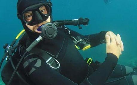 VIP kurz potápění na lomu Srní s individuálním přístupem, získáte teoretické znalosti a zkušenosti.