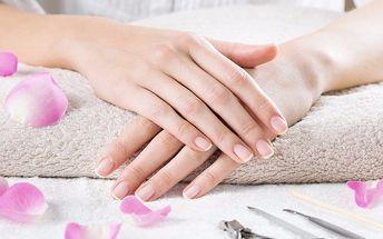 Manikúra pro krásné nehty včetně P-Shine