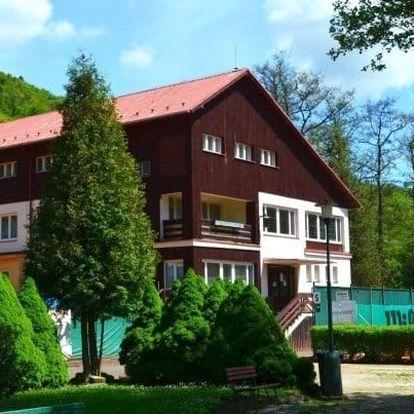 Karlovy Vary v klidném hotelu s polopenzí