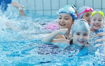 Tréninky plavání pro děti ve slané vodě