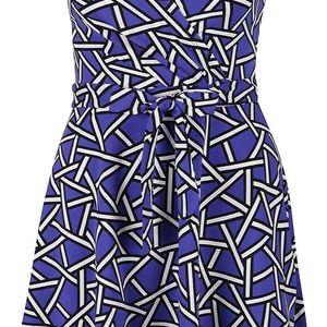 Modré šaty s černo-bílým vzorem Dorothy Perkins