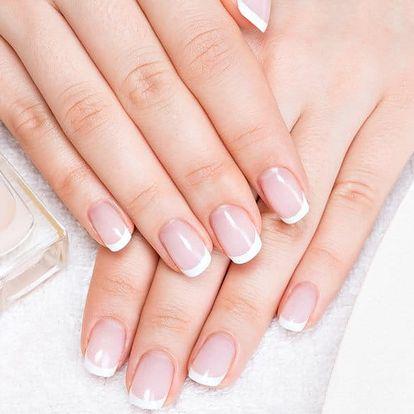 Úprava nehtů vč. francie či barevného gel laku