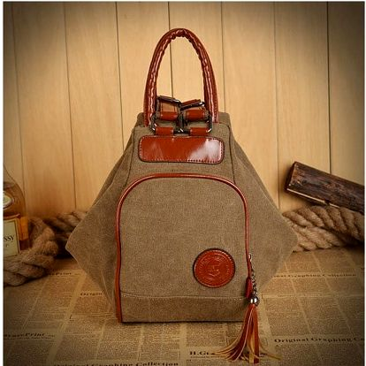 Dámská kabelka a batoh v jednom
