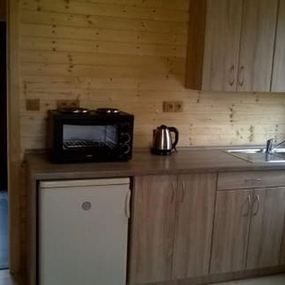 Jeseníky: Pobyt na 3-5 dní pro 4 osoby v dřevěné roubence s vybaveným apartmánem a kuchyňkou