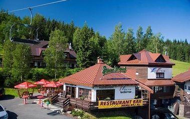 Krkonoše, Harrachov na 3-5 dní pro dva v hotelu***+ přímo na sjezdovce s polopenzí a saunou