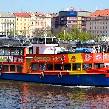 Vyhlídkové plavby po Vltavě od zimy do léta