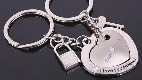 Pár přívěsků na klíče pro zamilované