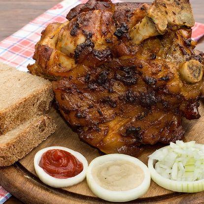 2 grilovaná vepřová kolena pro dva jedlíky