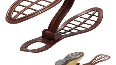 Držák na boty do botníku, který ušetří 50% místa