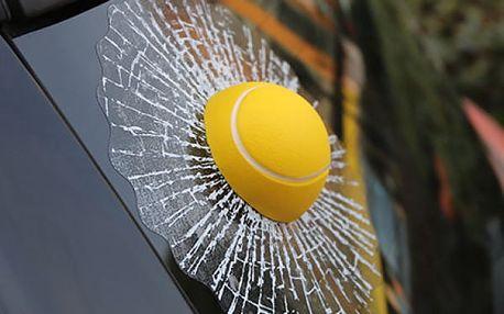 3D samolepka na auto - Gumový tenisák - dodání do 2 dnů