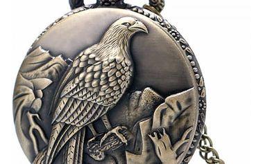 Kapesní hodinky s orlím motivem