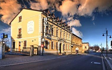 3denní lyžařský pobyt pro dva v 3*hotelu Minerál Zlaté Hory v Jeseníkách, lahev vína, skipas aj.