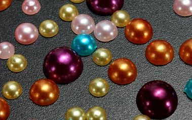 300 kusů barevných nalepovacích perliček - dodání do 2 dnů