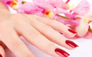 Péče o Vaše ruce - manikúra + shell lak v salonu Beauty v Praze na Žižkově.