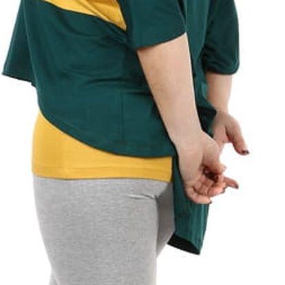 Oversized tričko v kombinaci s tílkem zelená