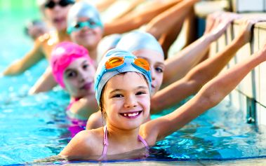 Zdokonalovací plavání: kurz pro děti od 8 let