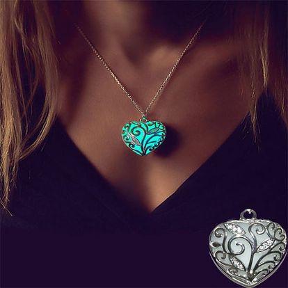 Svítící náhrdelník s přívěskem v podobě srdce