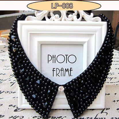 Korálkový náhrdelník ve tvaru límečku