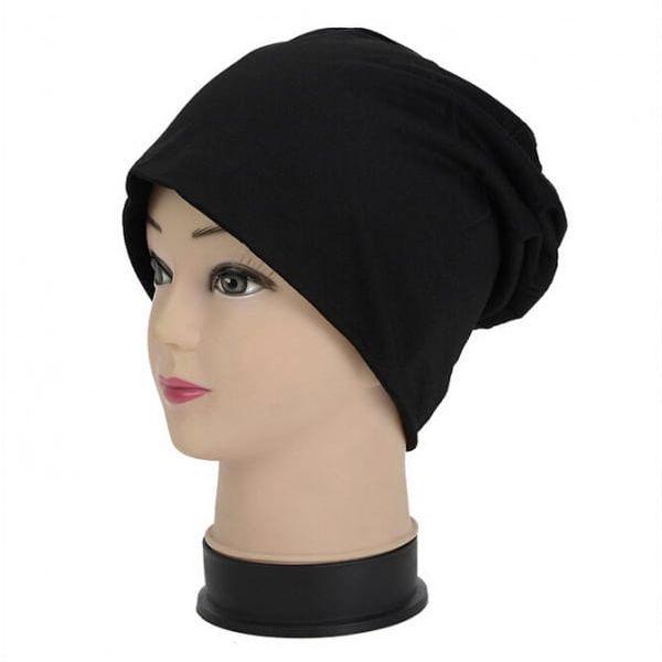 Dámská čepice v černé barvě - dodání do 2 dnů