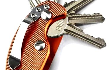 Praktické pouzdro na klíče