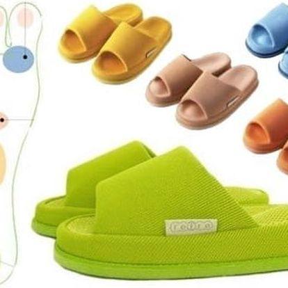Japonské akupresurní pantofle na různé zdravotní problémy.