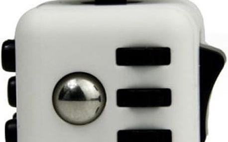 Fidget Cube - antistresová kostka. Díky této skvělé pomůcce se brzy zbavíte stresu a napětí.