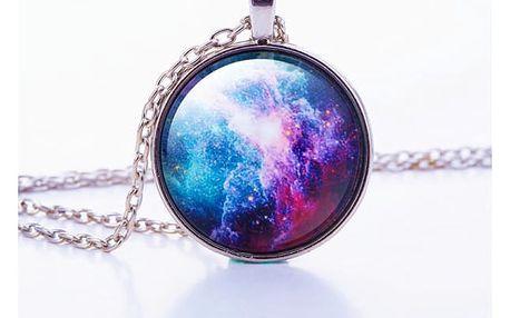 Jedinečný náhrdelník s motivy vesmírné mlhoviny