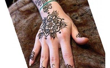 Přírodní henna na tvorbu dočasného tetování