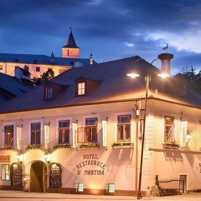 Hotel U Martina v centru Rožmberka nad Vltavou s polopenzí pro dva