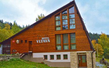 Horský hotel Vltava v Krkonoších s polopenzí přes Velikonoce, 2 děti zdarma