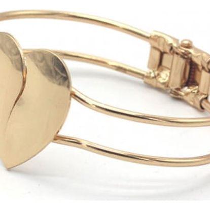 Masivní náramek se srdcem ve zlaté barvě