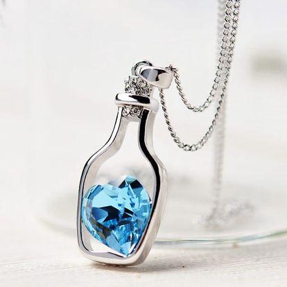 Elegantní náhrdelník s láskyplným vzkazem v láhvi