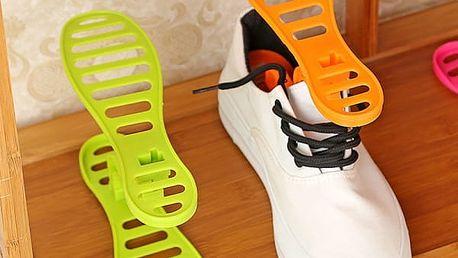 Oboustranný stojánek na boty pro ušetření místa
