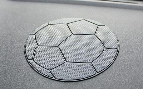 Nanopodložka do auta v podobě fotbalového míče