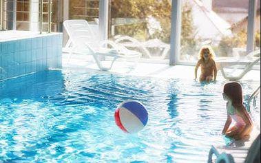 Neomezený wellness pobyt s bazénem ve 4* hotelu v areálu zámku Loučeň