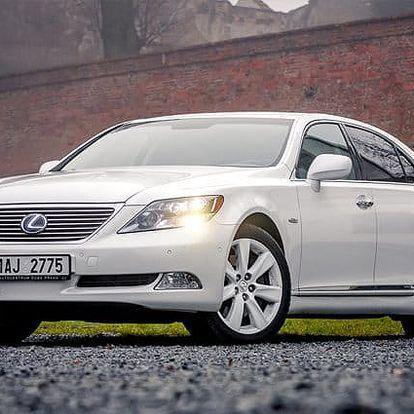 Pronájem luxusní limuzíny Lexus s řidičem na 2 hodiny