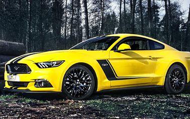 Jízda v nabušeném auťáku Ford Mustang GT 5.0